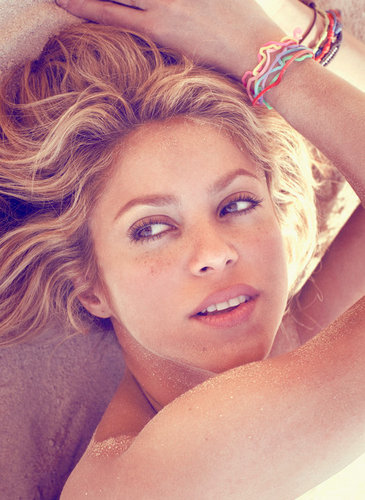 Shakira shoot new album art