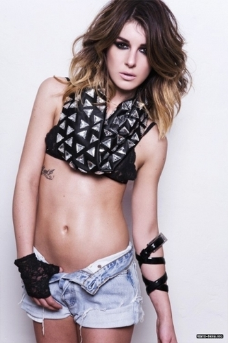 Shenae Photoshoot - shenae-grimes Photo