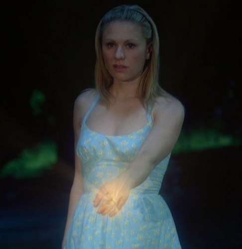 True Blood karatasi la kupamba ukuta entitled Sookie Stackhouse