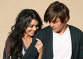Zanessa ♥ - zac-efron-and-vanessa-hudgens photo