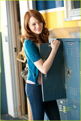emma stone fondo de pantalla containing a sign entitled 'Easy A' Movie Stills