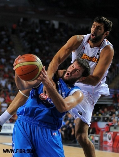 Basketball wallpaper containing a basketball, a dribbler, and a basketball player called 9. Antonis FOTSIS (Greece)