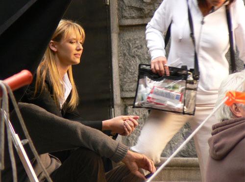 Anna On The Fringe Set