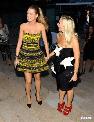 Blake and Leighton at Fashion's Night Out - The Show September 7