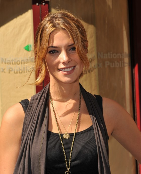 HQ Pictures Of Ashley Greene In Paris!