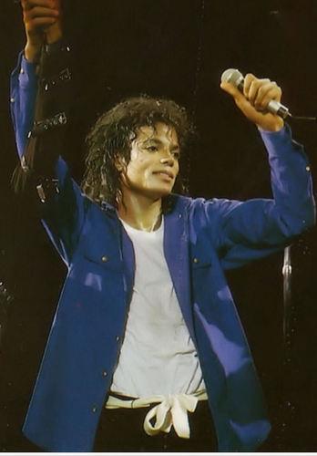 I tình yêu bạn MICHAEL