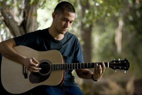 Joe and ギター