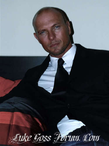 luke goss 바탕화면 containing a business suit, a suit, and a 핀 스트라이프 entitled Luke Goss