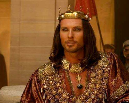 luke goss wallpaper possibly containing a surcoat, a dashiki, and a tabard entitled Luke Goss