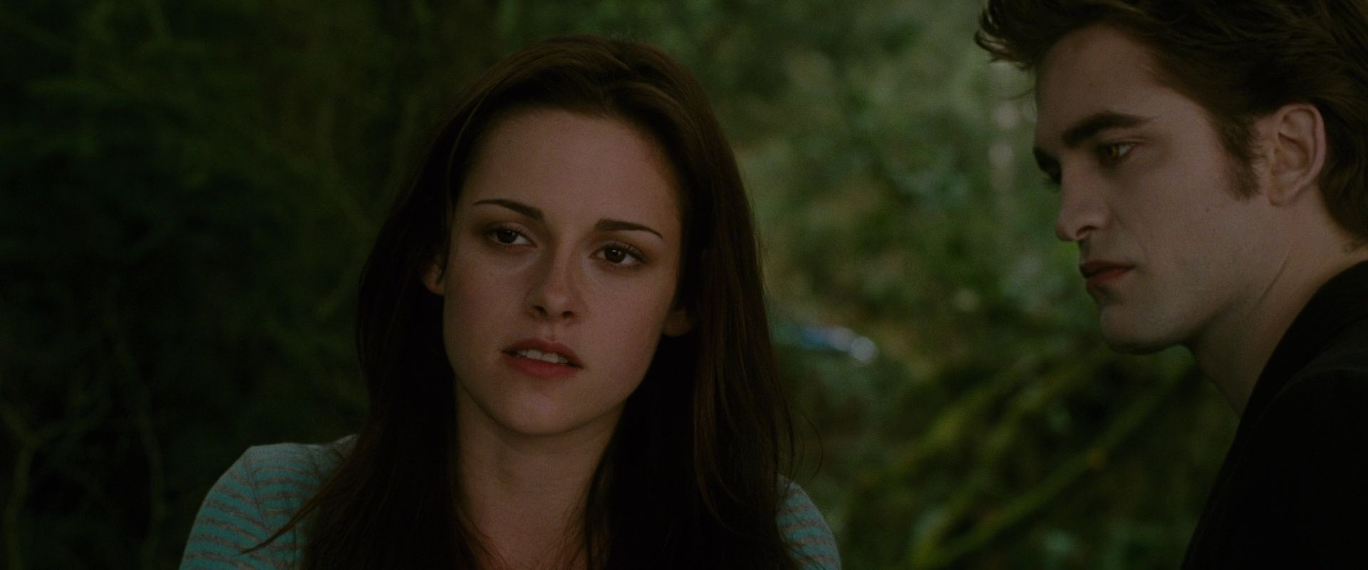 New Moon Screencaps