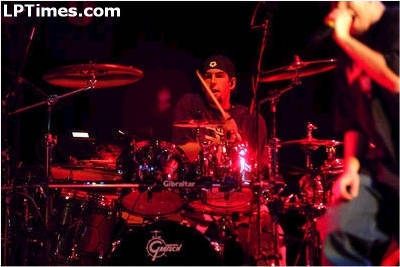 Rob Bourdon wallpaper with a baterista and a show, concerto entitled Rob <3