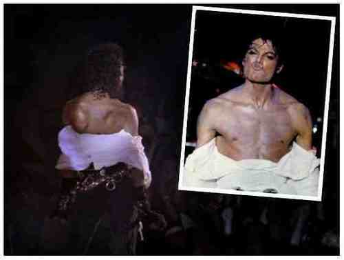 SHIRTLESS MJ ;)