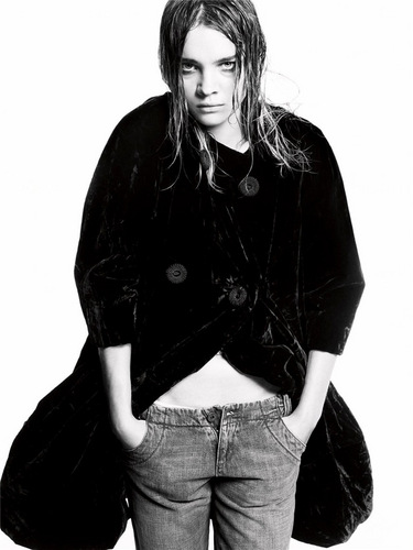 Vogue Italia (May 2005) - natalia-vodianova Photo