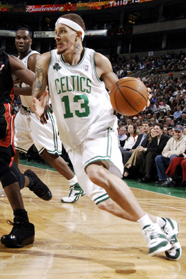 boston signs Delonte West