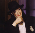 how can u possibly describe this smile?? - michael-jackson photo