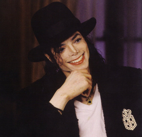 how can u possibly describe this smile??