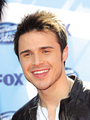 no description - kris-allen photo