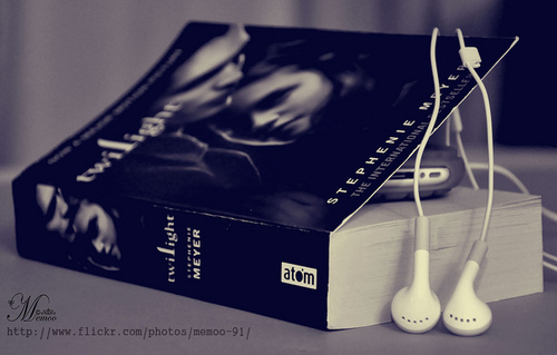 Libri da leggere wallpaper titled twilight libri