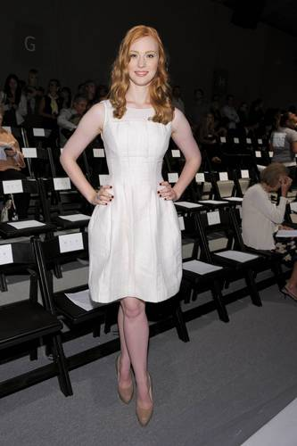 Deborah Ann Woll वॉलपेपर called Mercedes-Benz Fashion Week Spring 2011 - September 11
