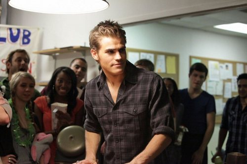 Brave New World - boys-of-the-vampire-diaries Photo