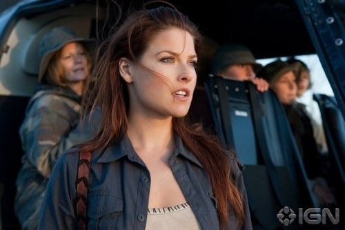Resident Evil: Afterlife images Claire Redfield promo picture wallpaper and background photos