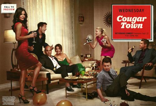 Cougar Town wallpaper titled Cougar Town - Season 2 EW Print Ad