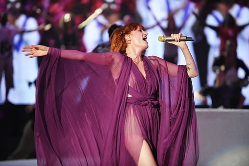 Florence + the Machine rehearses at the Nokia Theater for the 2010 एमटीवी VMAs