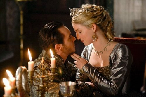 The Tudors پیپر وال called Henry VIII and Jane Seymour