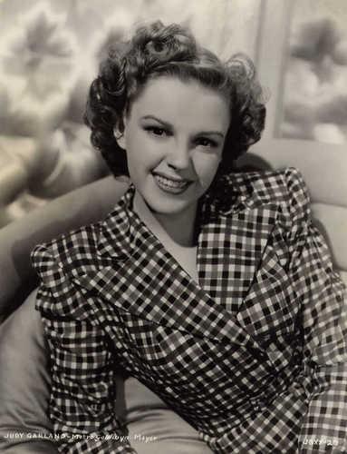 Judy Garland kertas dinding titled Judy
