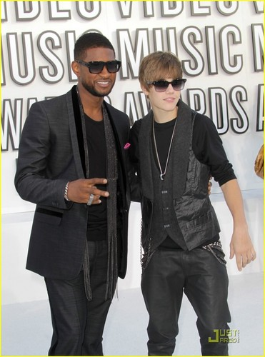 Justin Bieber at the vma 2010