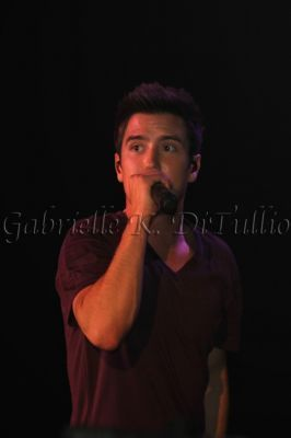 Logan @ J-14s In Tunes Rocks konser