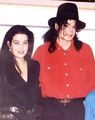 MJ&Lisa dating since 1992 (life-long-romance) - michael-jackson photo