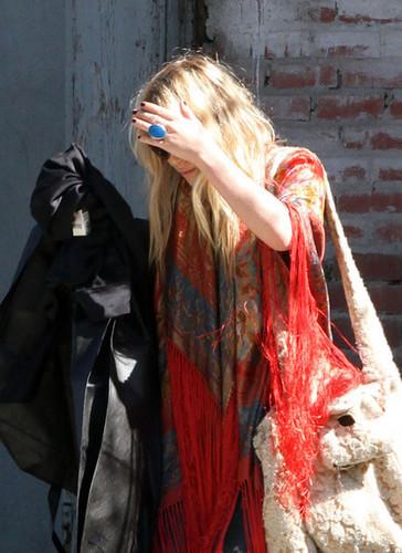 Mary-Kate Olsen Leaves Her Apartment