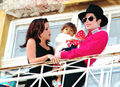 Michael with Lisa Marie - michael-jackson photo