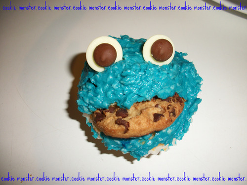 My cookie monster cake :) - cupcakes Photo