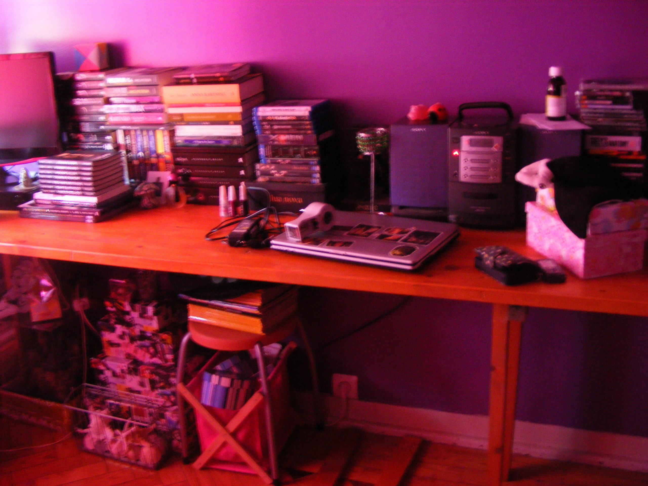 My new room <3 गुलाबी & Purple = EPIC