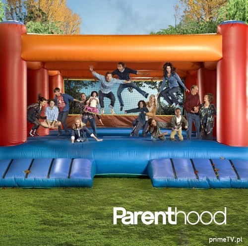 Parenthood (2010) wolpeyper titled Parenthood Season 2 Photoshoot