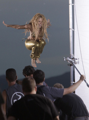 Shakira Films a Music Video 3