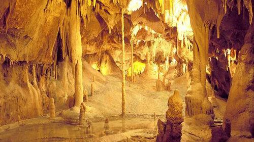 The 7 Natural Wonders Of Portugal: Grutas de Mira de Aire (Mira de Aire's Caves) [Leiria]