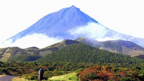 The 7 Natural Wonders Of Portugal: Vulcão do Pico (Volcano Of Pico) [Azores]