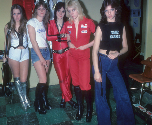 Les Runaways fond d'écran entitled The Runaways in NYC - 1977