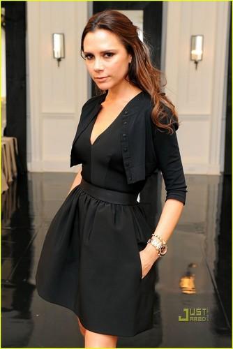 Victoria Beckham: NY Fashion Week Presentation!