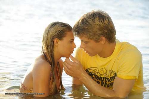 bella and will Kiss