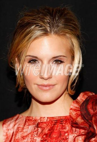 maggie grace- Christian Siriano Spring 2011 fashion 显示 New York