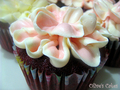 red_velvet_flower_cupcake