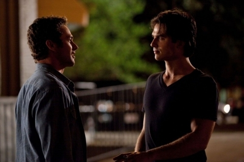 http://images4.fanpop.com/image/photos/15500000/2x4-Memory-Lane-the-vampire-diaries-tv-show-15597245-480-319.jpg