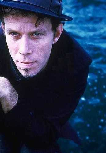 43543 - tom-waits Photo