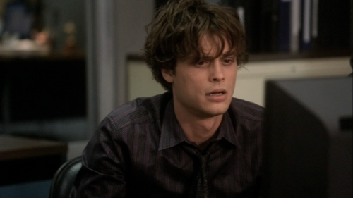 Dr. Spencer Reid Hintergrund entitled 5x22 The internet is forever