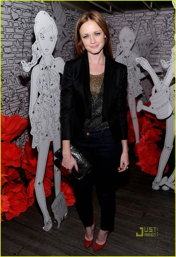 Alexis Bledel@Mulberry Spring/Summer 2011 Fashion Week Party on September 14