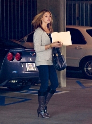 Ashley out in LA (more pics)